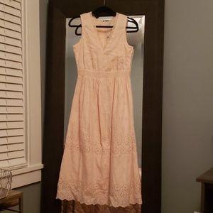 Gap size 4 pale pink dress